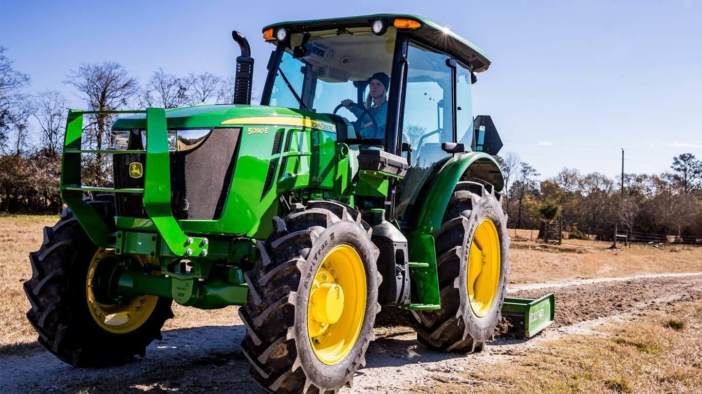 5090E Utility Tractor