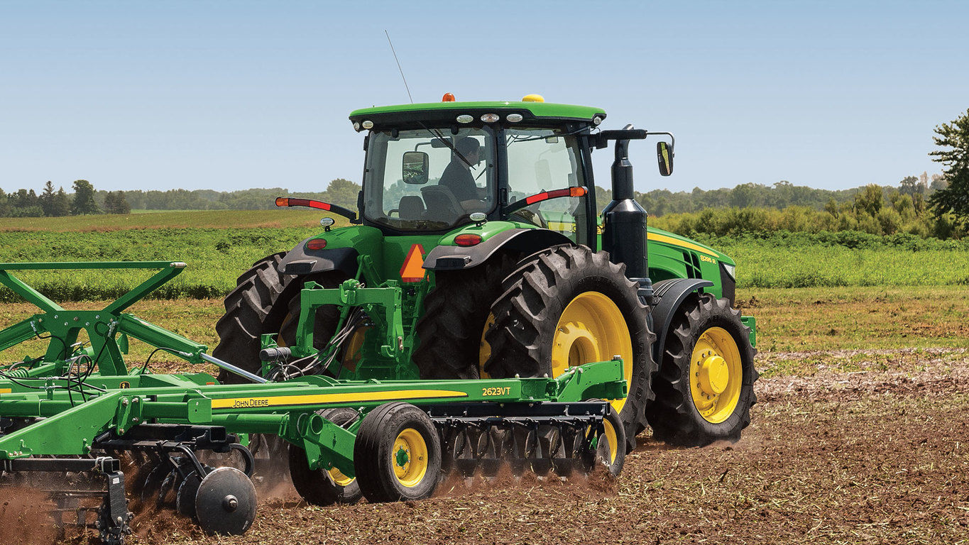 8320R Tractor