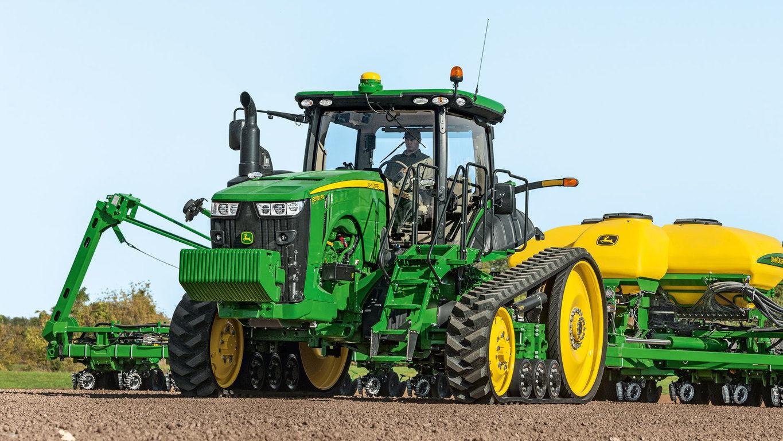 8320RT Tractor